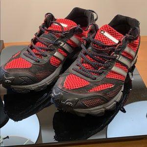 Adidas men's shoes size 10